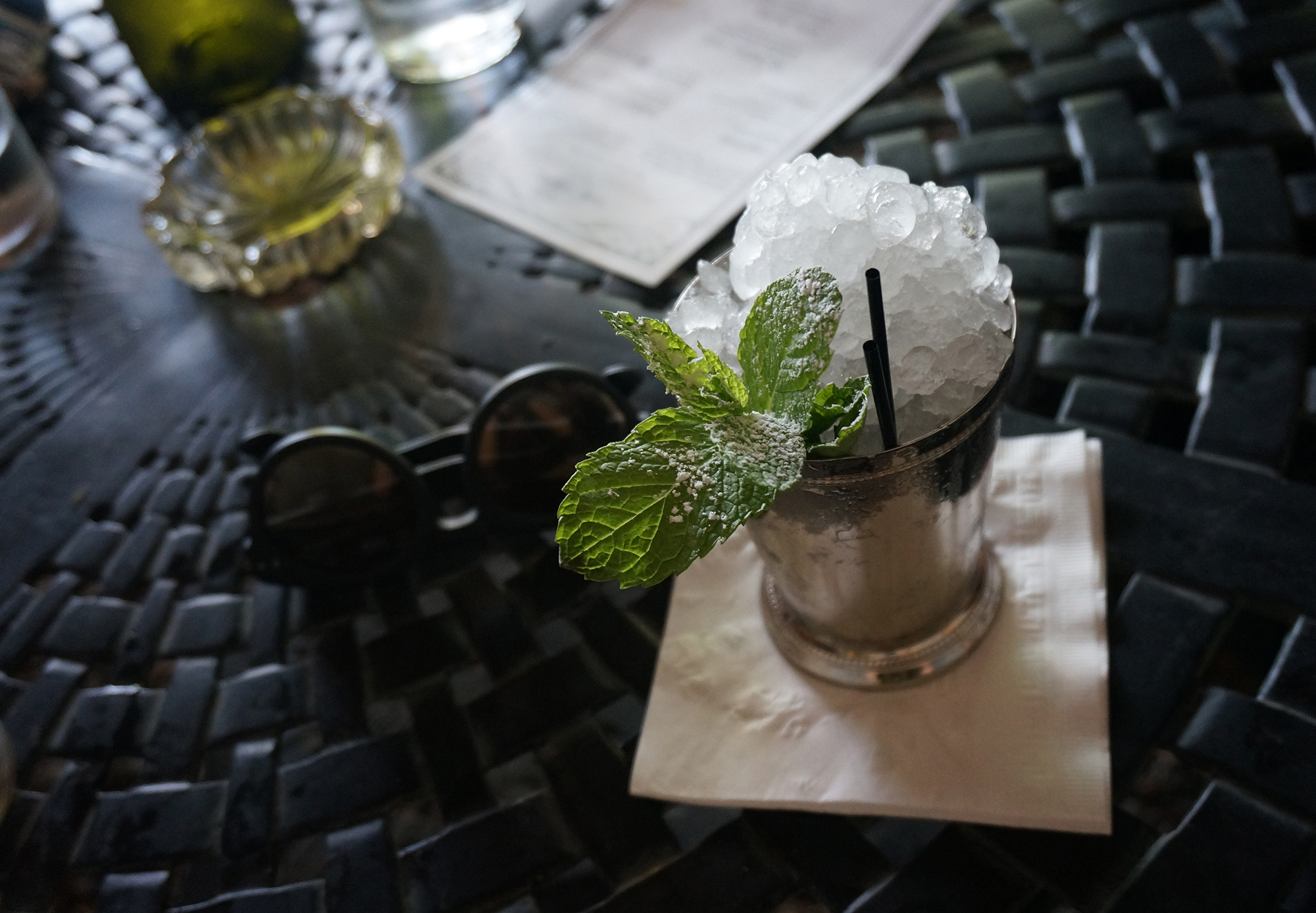 The classic Mint Julep at Julep / El clásico Mint Julep en Julep