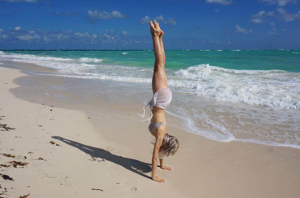 Letting out my inner gymnast /  Dejando salir la gimnasta que llevo dentro