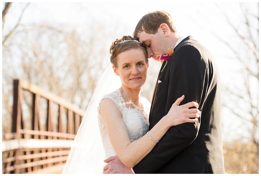 Green Isle Park Green Bay WI Wedding Photos_0001.jpg