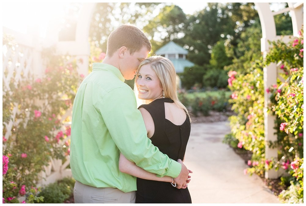 Green Bay Botanical Gardens Couples Session_0009.jpg