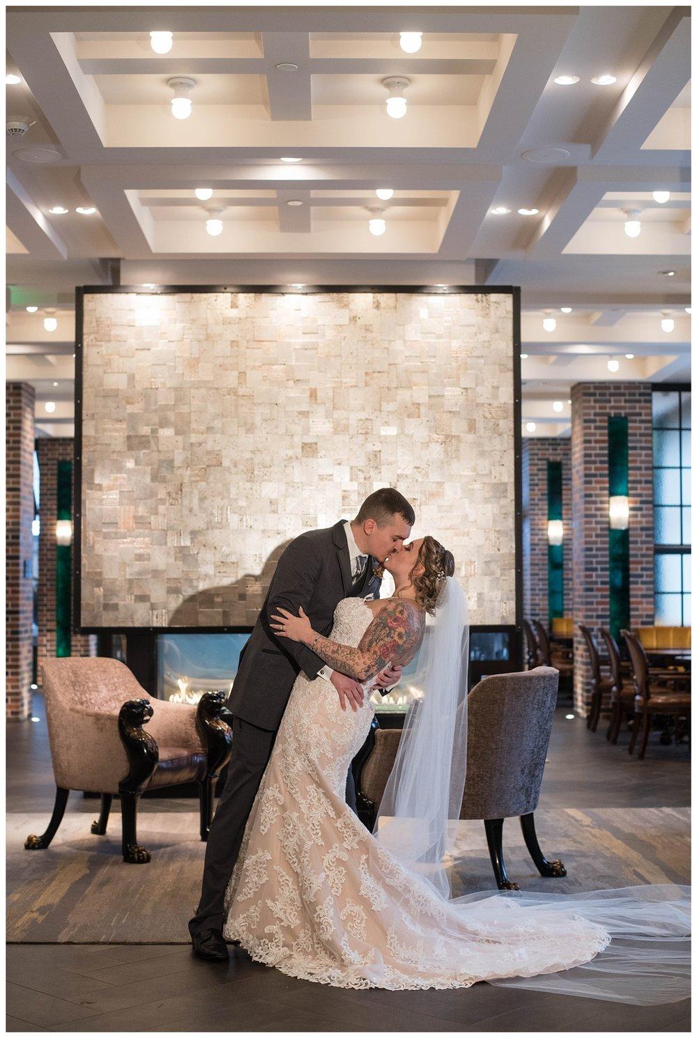 Fall Wedding at Lodge Kohler Green Bay WI_0017.jpg