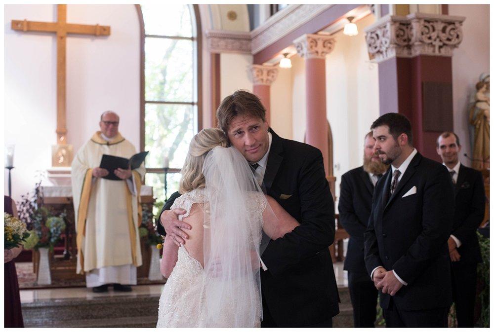 Fall Wedding at Lakehaven Kewaunee WI_0024.jpg