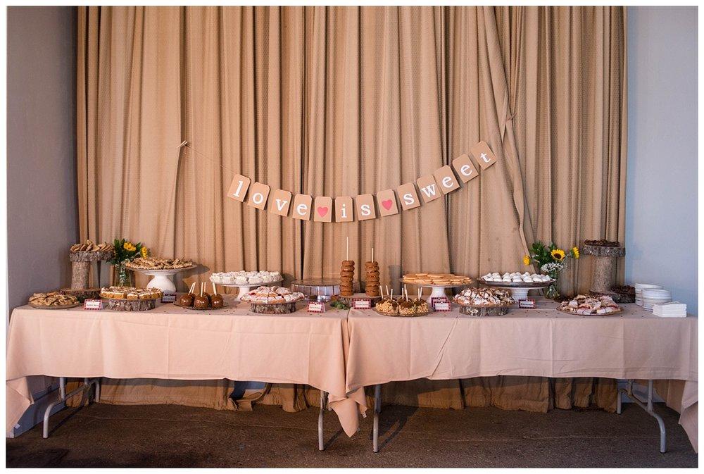 Fall Wedding at Lakehaven Kewaunee WI_0040.jpg