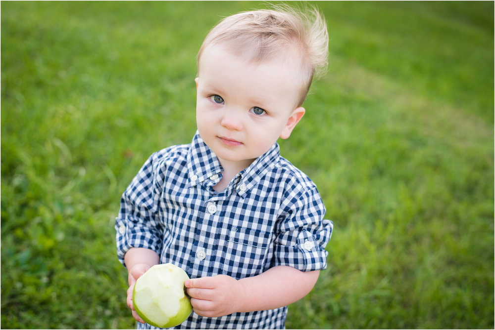 Green Bay WI 2 Year Old Session 11.jpg