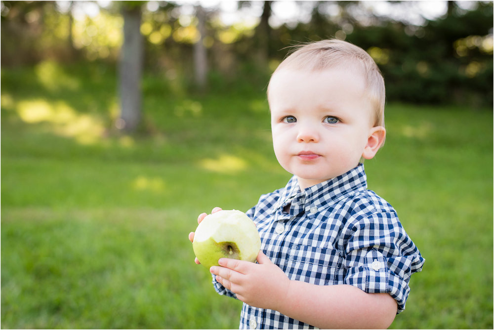 Green Bay WI 2 Year Old Session 14.jpg