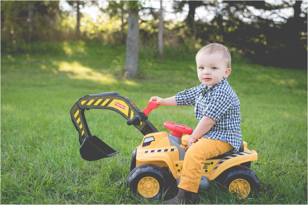 Green Bay WI 2 Year Old Session 16.jpg