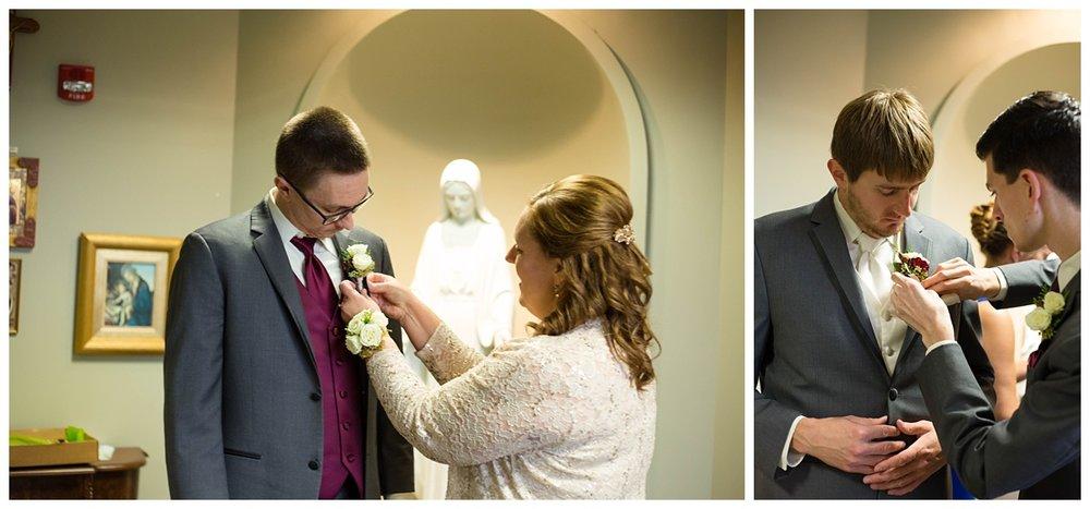 Fall Wedding at EAA Oshkosh WI_0018.jpg
