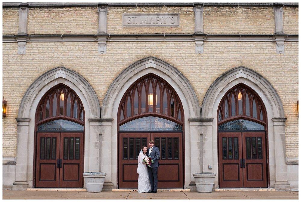 Fall Wedding at EAA Oshkosh WI_0035.jpg