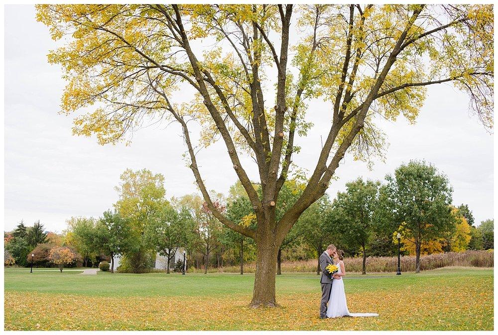Heritage Hill Wedding_0002.jpg