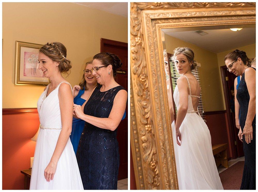 Heritage Hill Wedding_0029.jpg