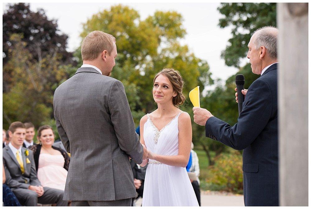 Heritage Hill Wedding_0037.jpg