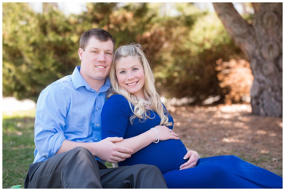 Green Isle Park Spring Maternity Session_0009.jpg