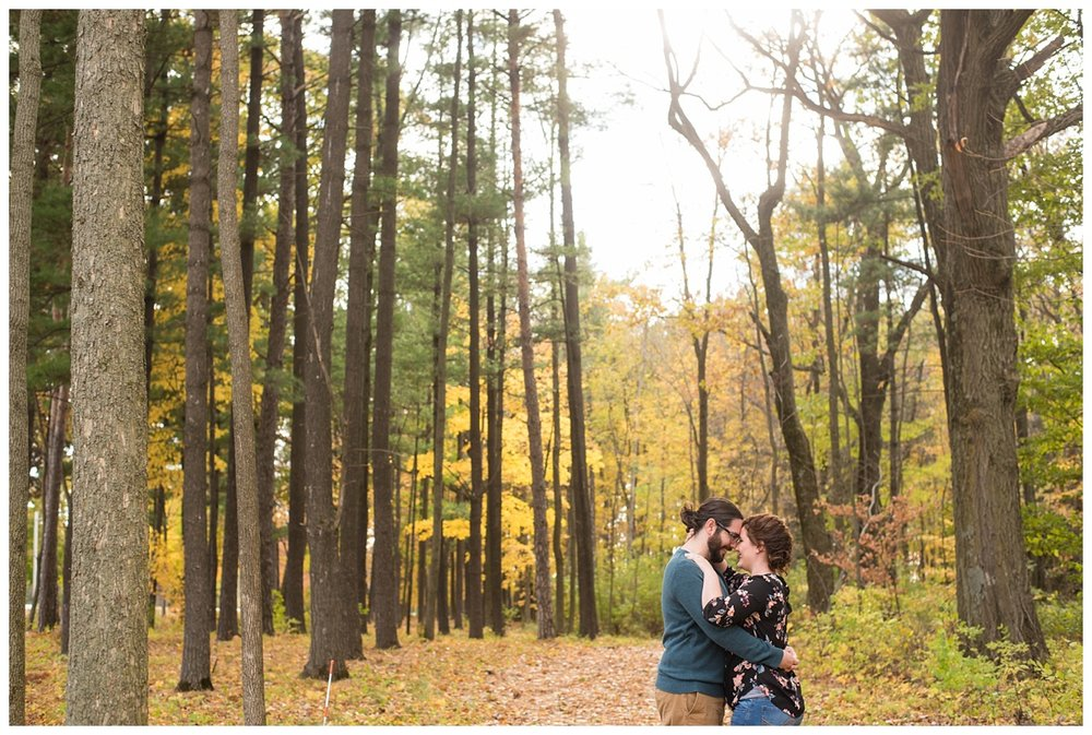 Green Bay, WI Fall Engagement Session_0003.jpg