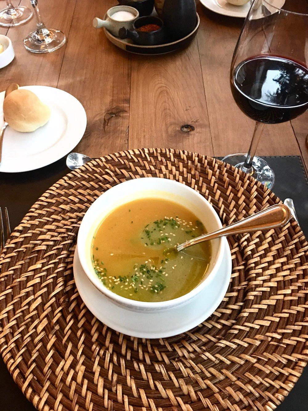 Dining 2.jpg