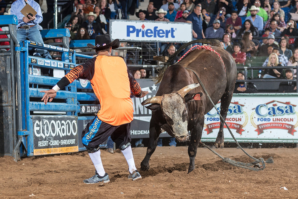 Bullfighter Bryce Redo -