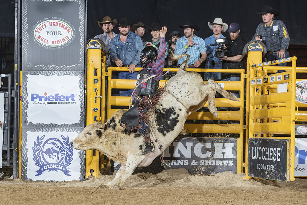 Eli Vastbinder at the South Point Hotel Tuff Hedeman Championship in March