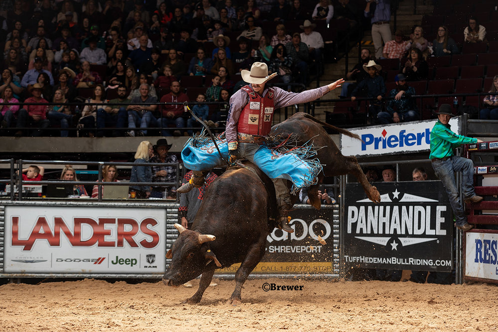 Roscoe Jarboe, New Plymouth, Idaho rides 67 B Bumblebee for 90.5 points in the Shoot Out round to win the Eldorado Resort Casino THBR presented by Landers Chrysler Jeep Dodge Ram at the CenturyLink Center in Bossier City, Louisiana.
