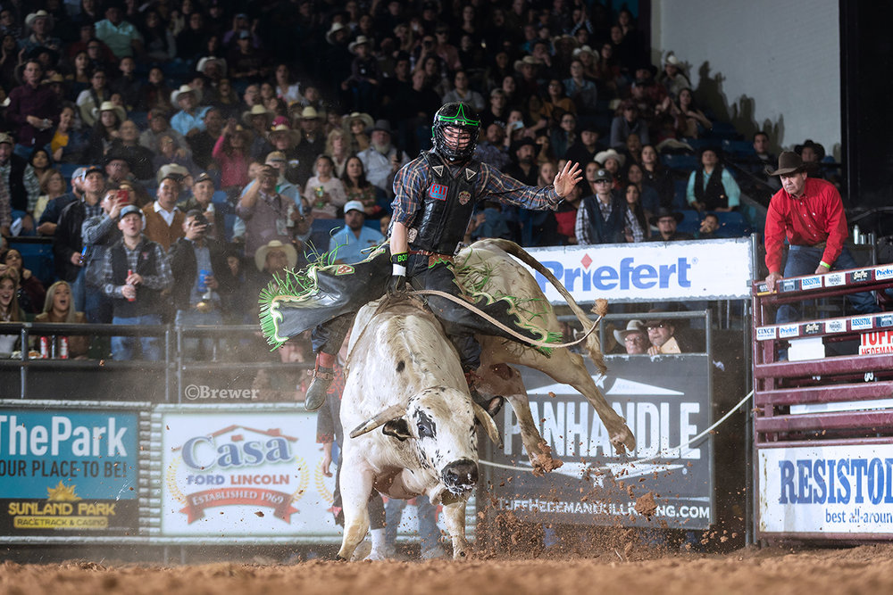 Rostockyj and Rawson pitch a perfect three for three for the wins at the Casa Ford Tuff Hedeman Bull Riding