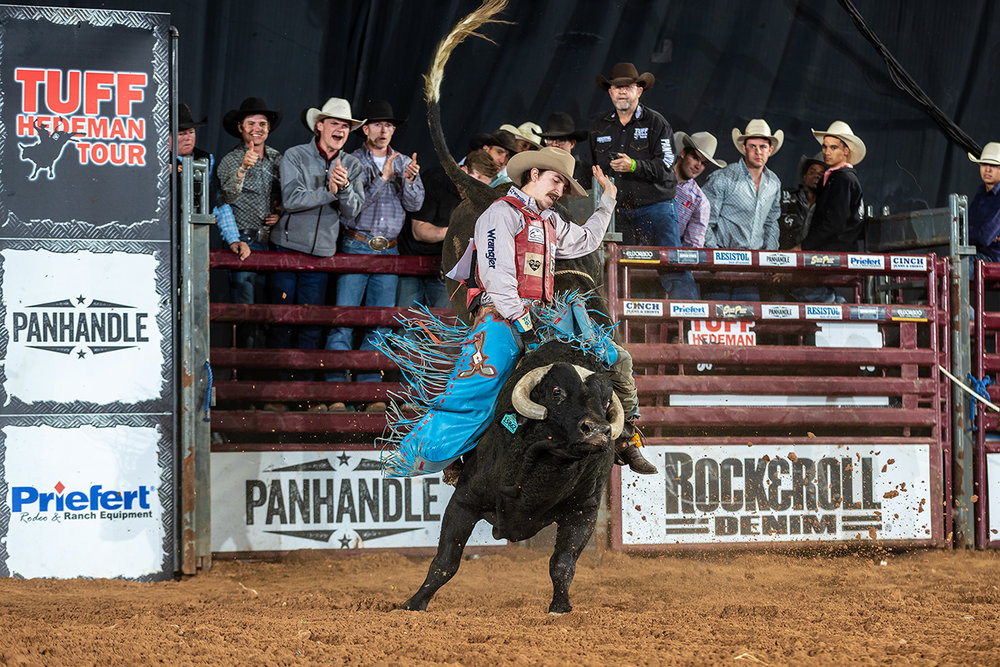 3-Time NFR qualifier and THBRT Bossier Champion Roscoe Jarboe finished second in El Paso andwill be invited to compete in Fort Worth at the South Point Tuff Hedeman Bull Riding Challenge presented by Rock&Roll Denim.