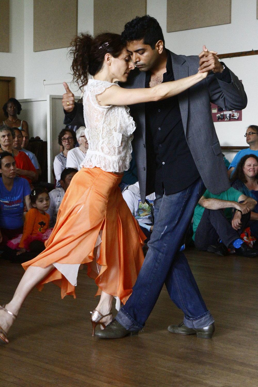 Tango Dancers_MG_0987.JPG