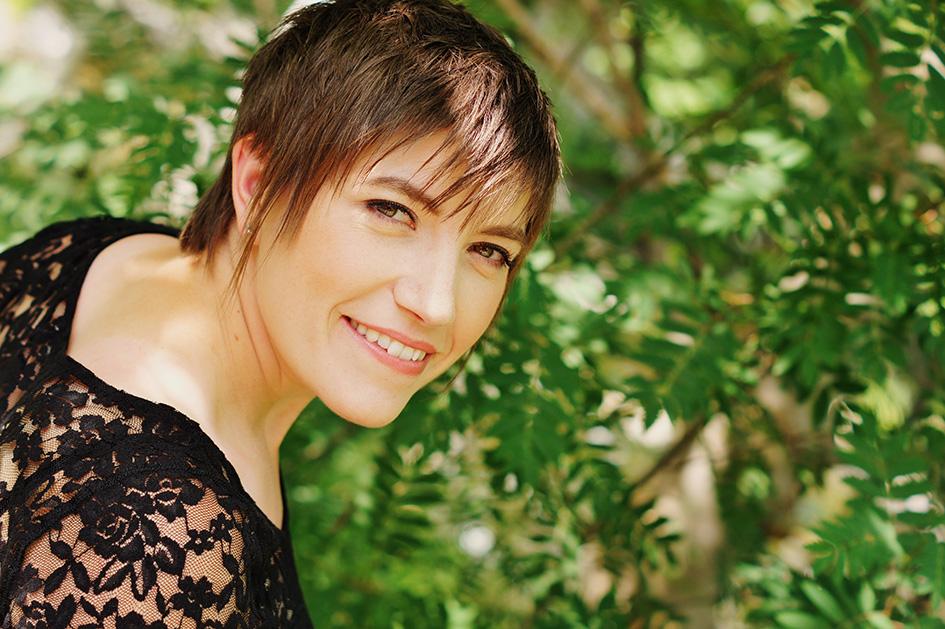 Renee Batten.jpg
