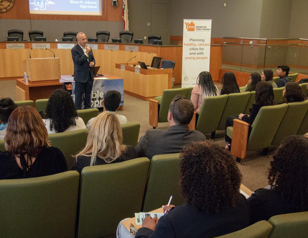 Mayor Steinberg speaks to Y-PLAN students.