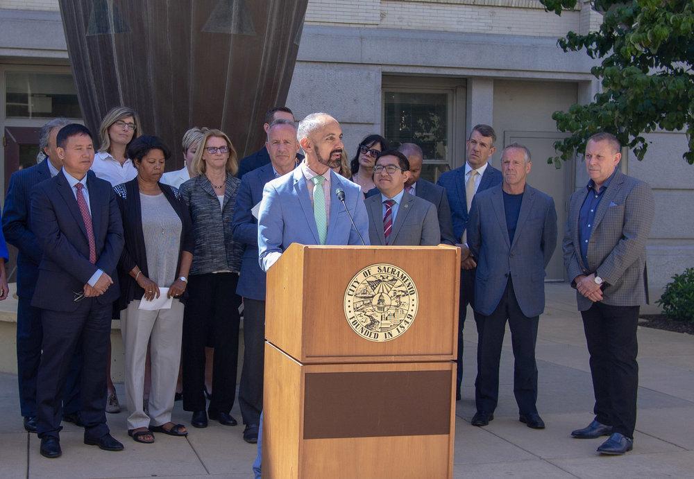 Mayor Cabaldon speaking on climate commission