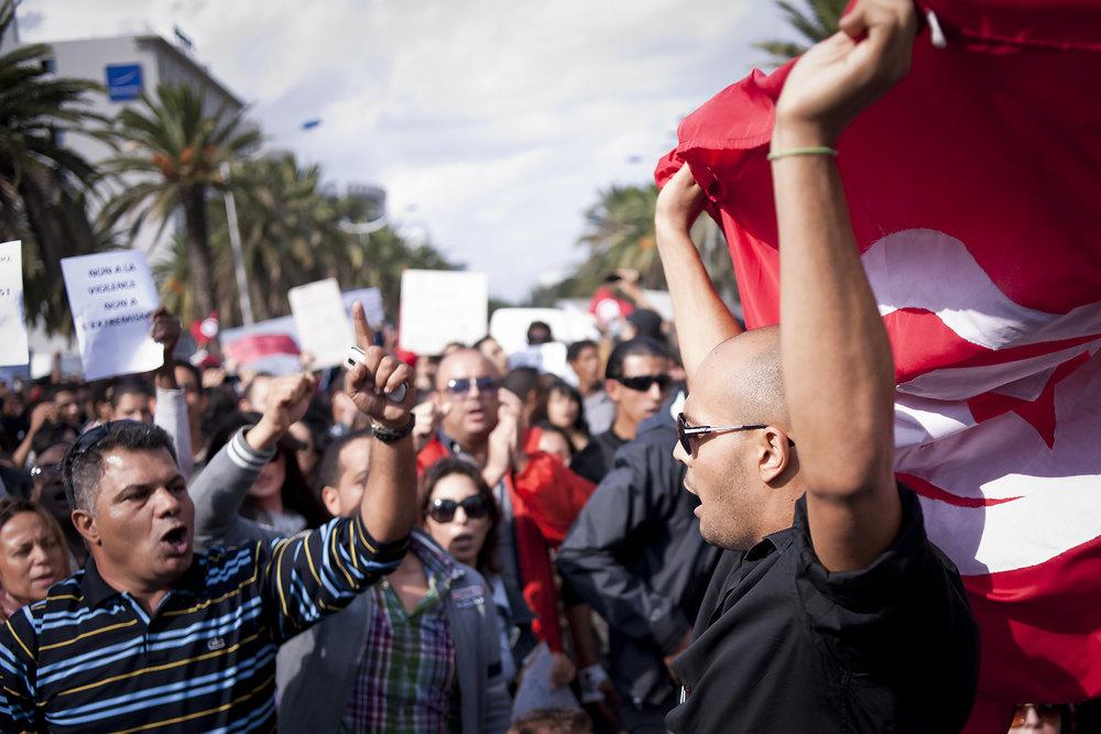 Manifestaciones durante la Primavera Árabe en Túnez. Foto: Ezequiel Scagnetti  Use las flechas de su teclado ← o → para navegar en la galería.