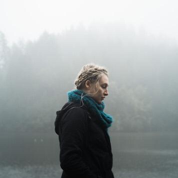 Fog portrait of Kristen Titus by SF portrait photographer Jaclyn Le
