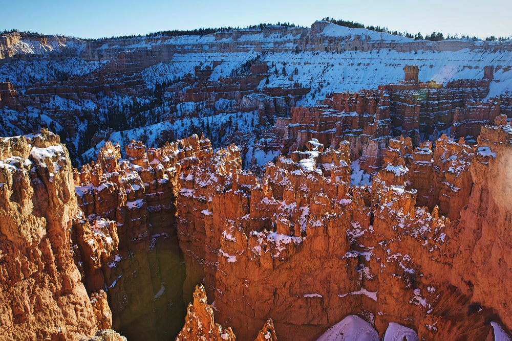 Snow on the hoodoos of Bryce Amphitheater near Sunset Point.