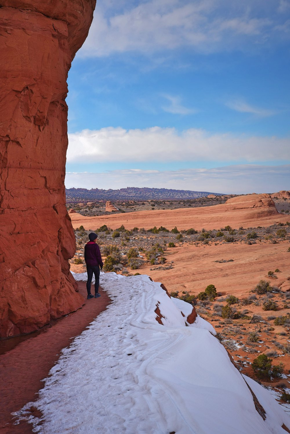 Fortunately the inside of this ledge was totally clear of ice when we were hiking.