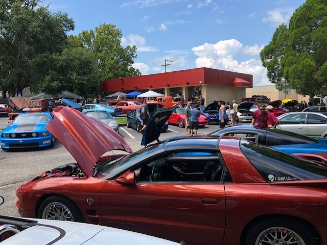 Around 100 cars of all types showed up.