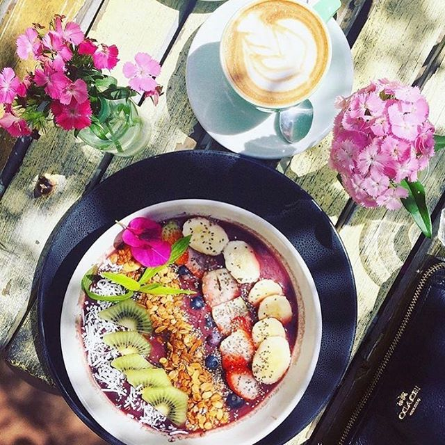 Spring is back 🌸🌿🌞🍽☕️ Photo credit @bi.x_  Thanks for coming and sharing this lovely photo 🙏❤️