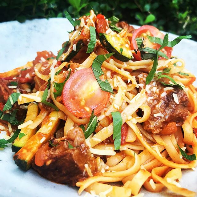 Yum! #beefragu #pasta #deliciousfood #happymonday 🍝😋