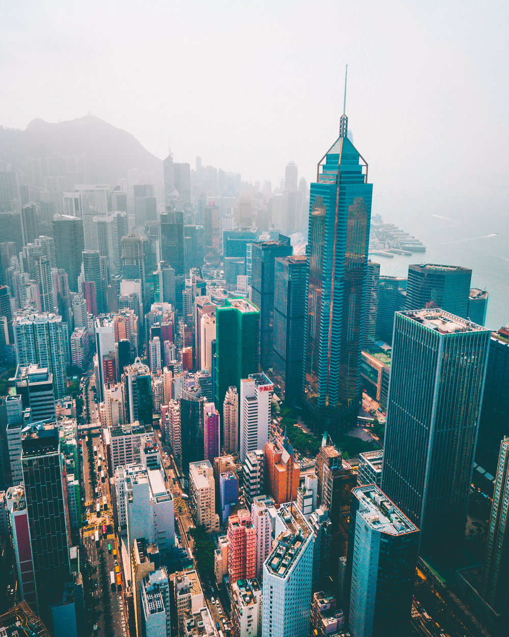 Drone over Central Color - HK.jpg