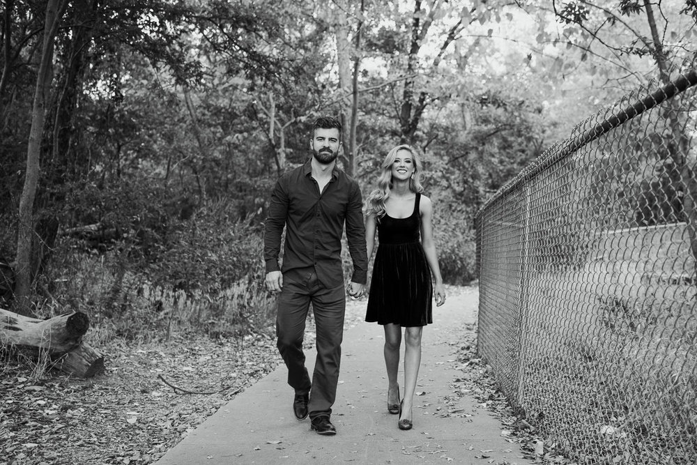 josh - lindsey - engagement - photos - alrington - texas - river - legacy - park-14.jpg