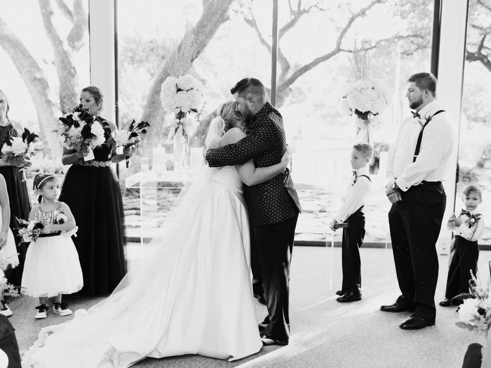 stonegate-mansio-fort-worth-wedding-callie-jeremy-22.jpg