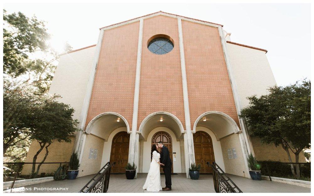 17-arlington-fort-worth-reata-wedding-photography.jpg