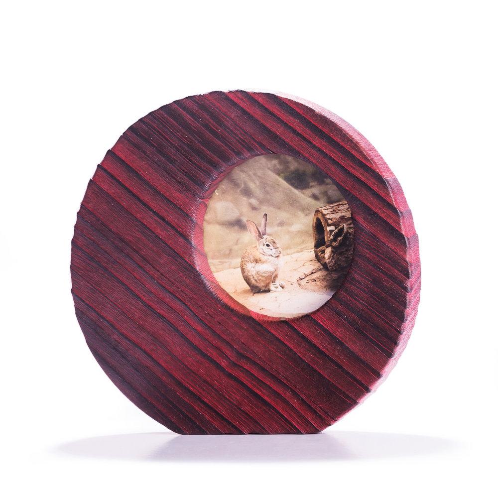 portaretratos de pino decapado en rojo