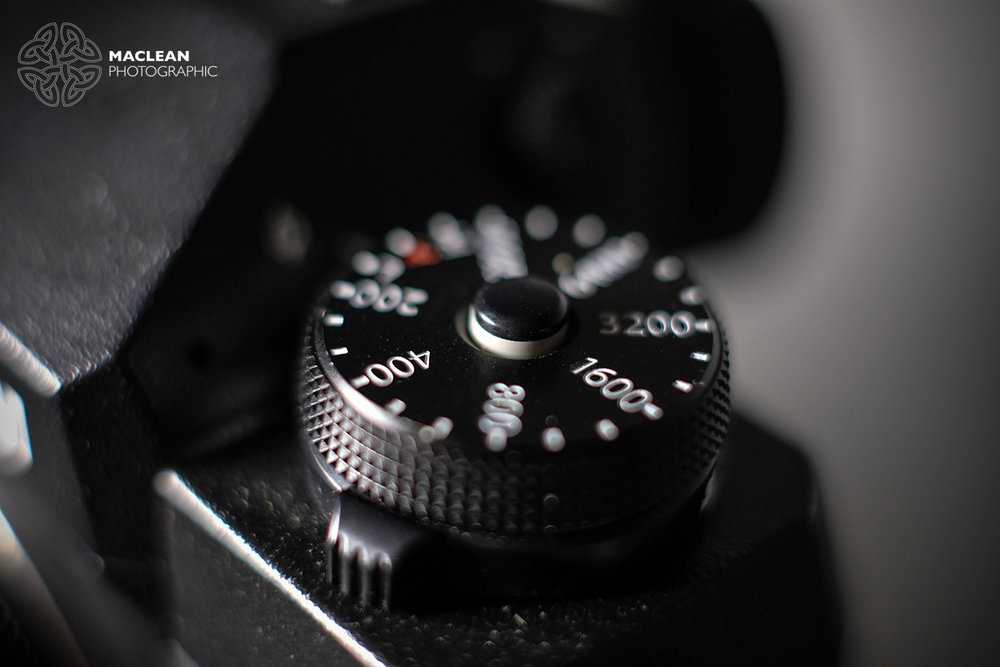 The dials receive the same push button locks as the X-T2