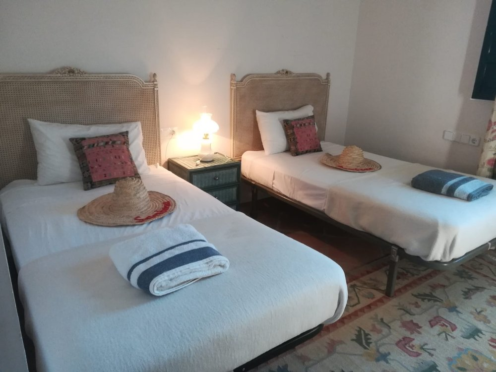 SHARED ENSUITE   Twin: £950pp  SOLD OUT   Triple: £800pp