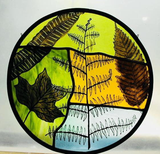 Autumn Leaf Roundel