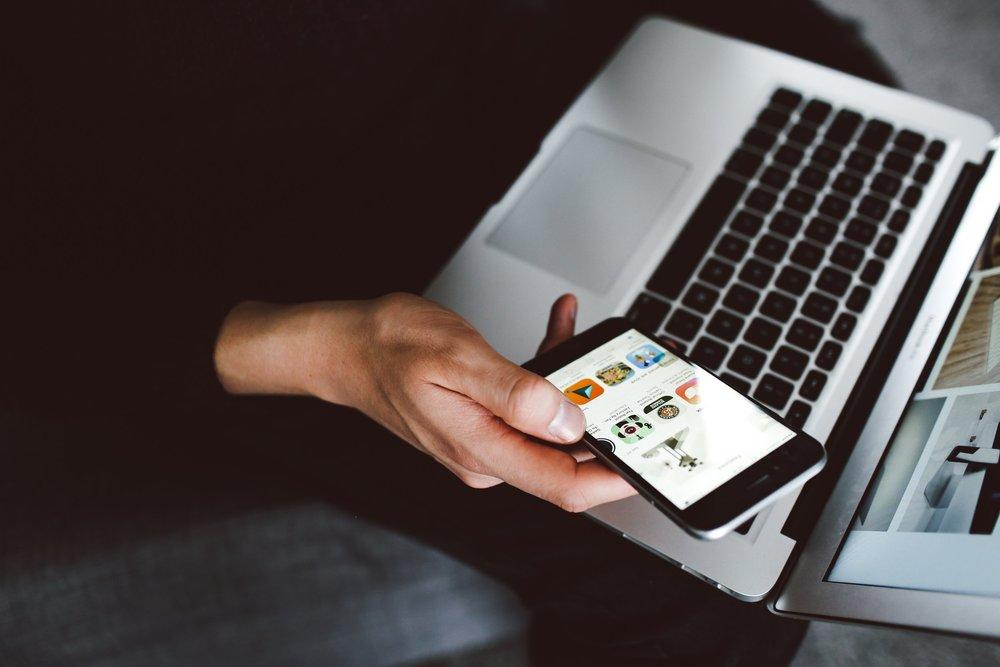 Simple et en ligne - Réservez sur internet, et gérez votre vie de tous les jours du bout du doigt grâce à notre appli.