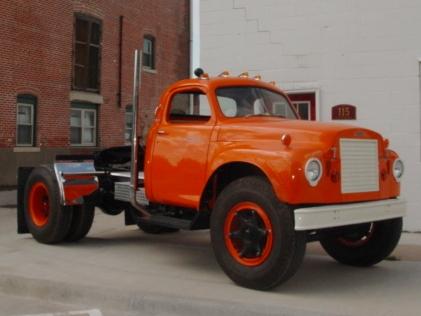 1964 Studebaker 2-Ton