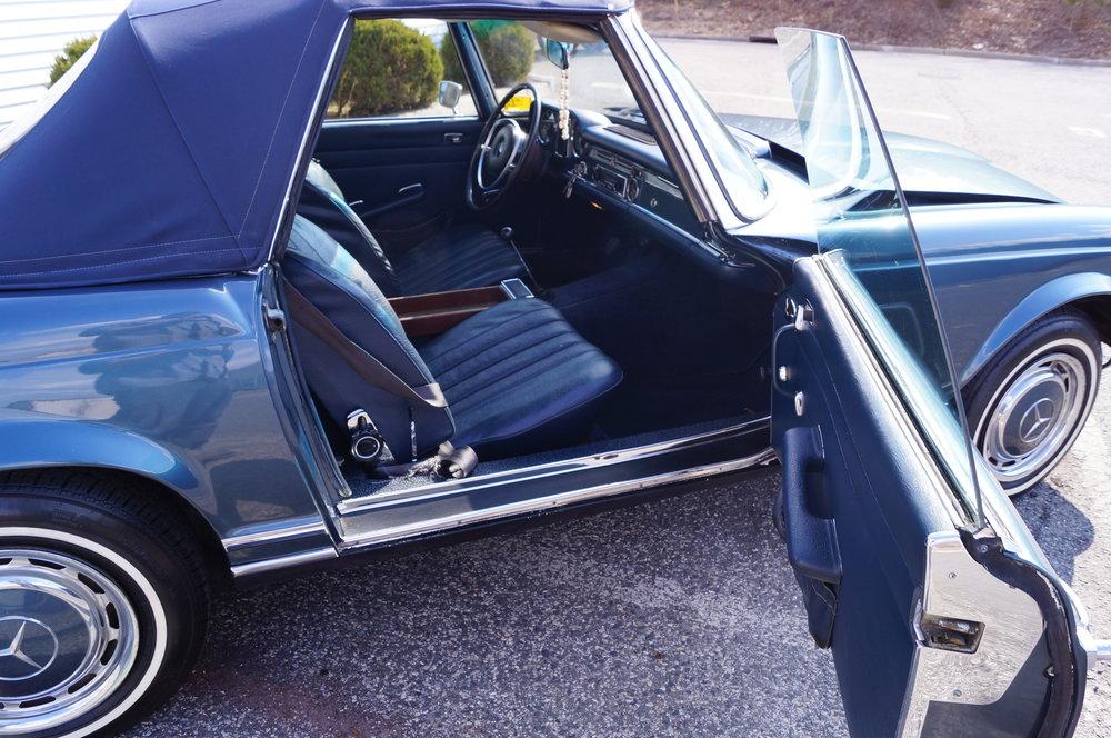 1970 Mercedes- MB 076.jpg