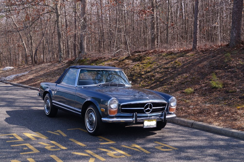1970 Mercedes- MB 130.jpg