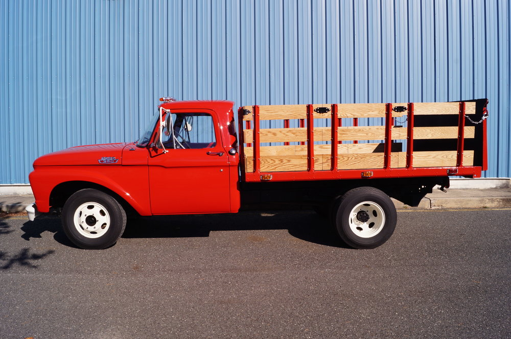 1964 Ford F350 Stakebody