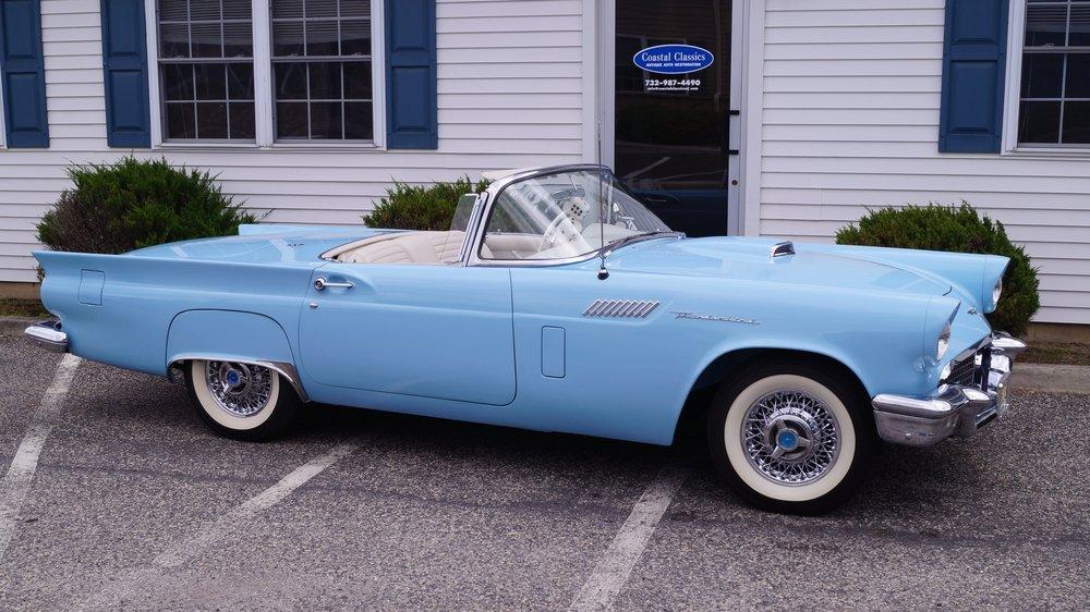 1957 Thunderbird -- LS 035.jpg