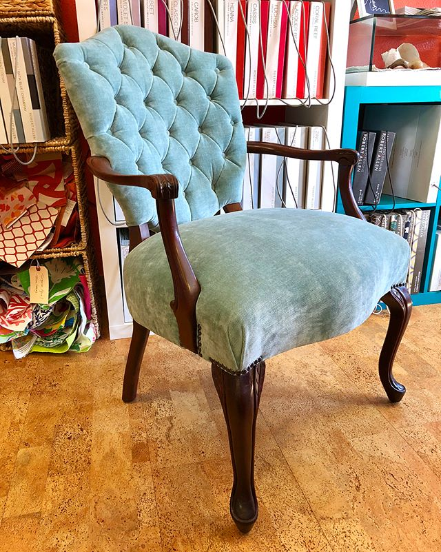 Starting the year off right with this sophisticated chair in the shop! • #kennedycustomupholstery #kcu #customupholstery #tufting #tuftedchair #nailhead #interiordesign #ocnj #fabricstore #velvet #pindlerfabric #customfurniture #custommade