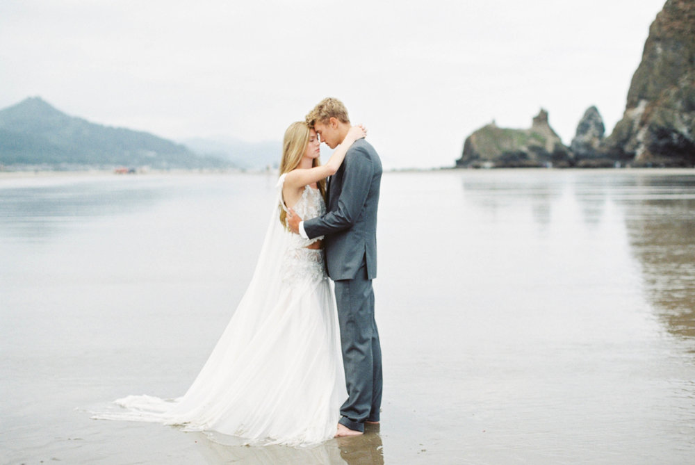 Tangled In You Styled Shoot_Oregon Coast Workshop_Katie Rivera Photography_Fine Art Film Photography_057.jpg